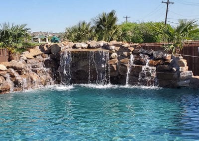 Freeform-Pools-and-Water-Features-(2)