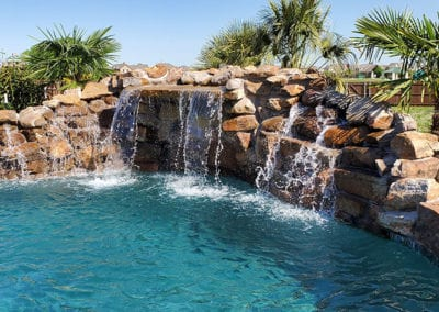 Freeform-Pools-and-Water-Features-(3)